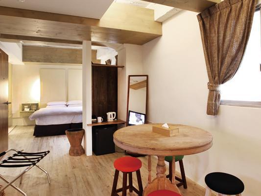 Hotel Luxury Beachfront Family Villa  North Sanur Bali - South Denpasar Bali 80227 Indonesia - Bali