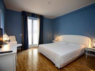 Capo Peloro Hotel