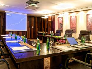 Grand Regal Hotel Doha - Meeting Room