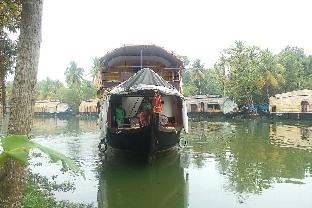 Southern Oasis Houseboats Аллеппи