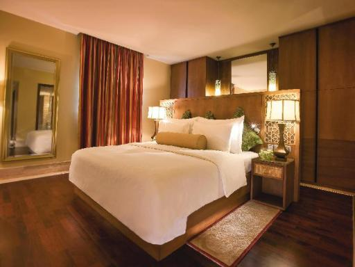 ➦  Moevenpick Hotels & Resorts    customer rating