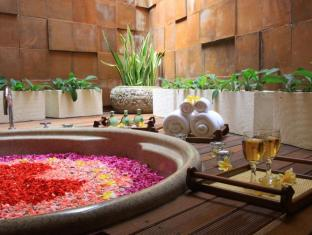 Abi Bali Luxury Resort and Villa Bali - Spa Bath