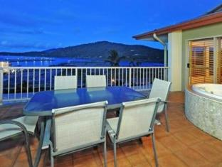 At Boathaven Spa Resort Whitsunday Islands - Penthouse - Balcony Spa
