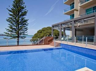 Best guest rating in Port Lincoln ➦ Marina Hotel and Apartments takes PayPal