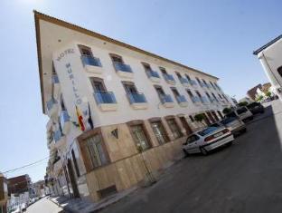 Hotel Murillo Calamonte - Exterior