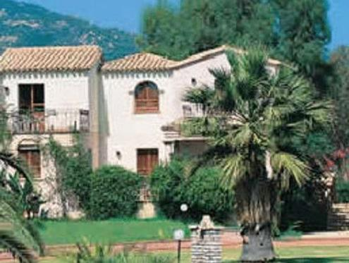 Residence Baia Delle Palme Pula Italy