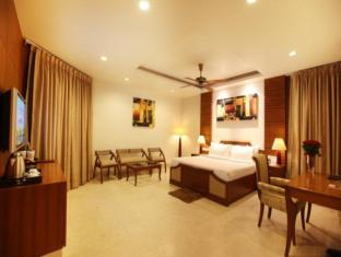 Hotel Clark Greens - Airport Hotel & Spa Resorts New Delhi and NCR - Suite Room