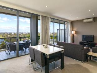 Meriton Serviced Apartments George Street Parramatta