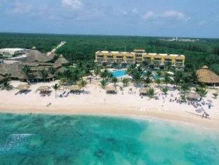 Akumal Bay Beach & Wellness Resort Cancun