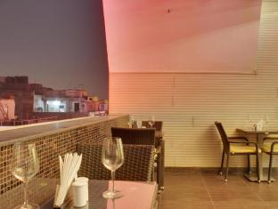Hotel Grand Godwin New Delhi and NCR - Restaurant