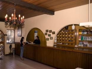 St. Moritz Hotel Себу - Рецепція