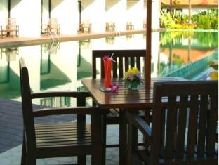 Piraya Resort & Spa Phuket - Uima-allas