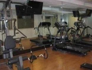 Twin Hotel Surabaya - Fitness Room