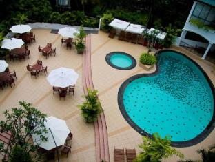 Hotel Clarion Colombo - Swimming pool