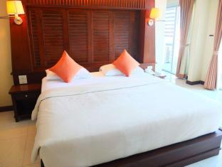 August Suites Pattaya Pattaya -  Executive Suites City View