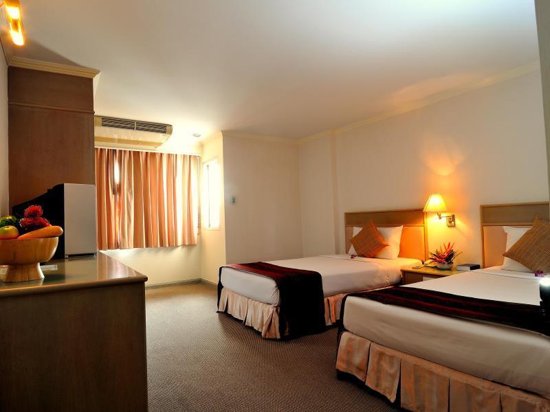 โรงแรมดิ แอร์พอร์ต
