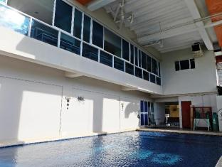 Cleverlearn Residences Mactan Island - Swimming Pool