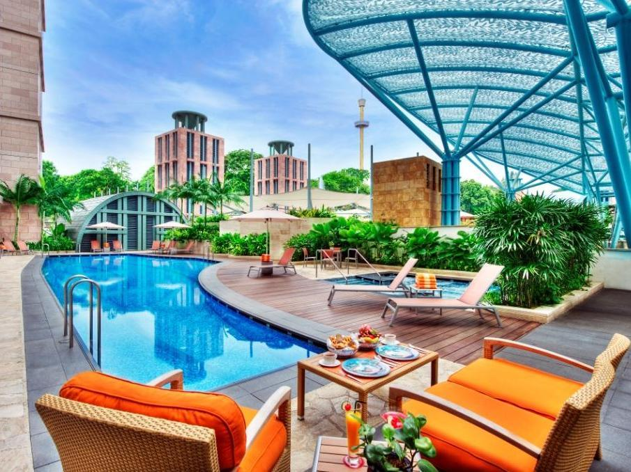 Resorts World Sentosa - Hotel Michael24