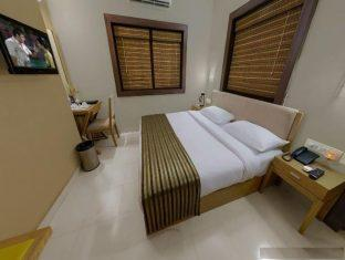 Sandalwood Hotel & Retreat North Goa - Deluxe Compact