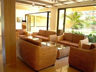 Sandalwood Hotel & Retreat Severna Goa  - avla
