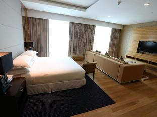 Four Points By Sheraton Kuching Hotel Кучинг - Номер Сьют