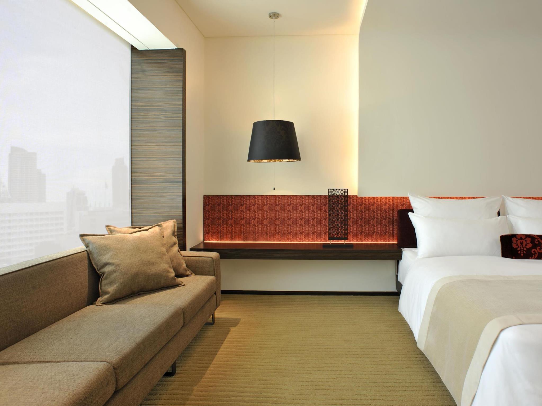 โรงแรม เลอ เมอริเดียน กรุงเทพฯ