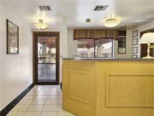 booking.com Super 8 Motel Phoenix Mesa Power & Main