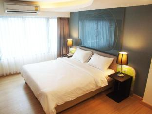 Grand Tower Inn Sathorn
