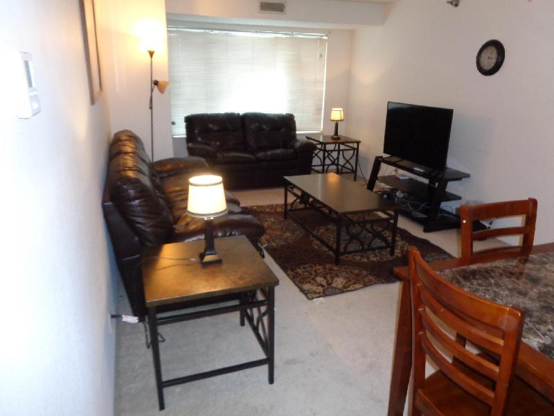 Krb Apartments Civic Center Rochester - Rochester, MN 55906