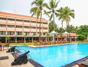 Paradise Beach Hotel Negombo - Swimming Pool