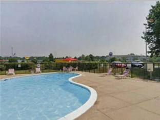 Best Western Invitation Inn Edgewood (MD) - Swimming Pool
