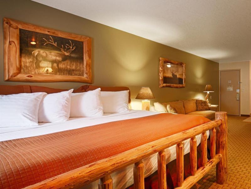 Best Western Plus By Mammoth Hot Springs - Gardiner, MT 59030