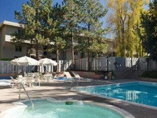 Chateau Roaring Fork and Chateau Eau Claire by Frias Aspen (CO) - Swimming Pool