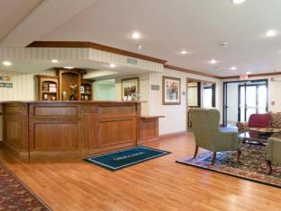 Country Inn & Suites by Carlson Cedar Rapids Airport Cedar Rapids (IA) - Reception