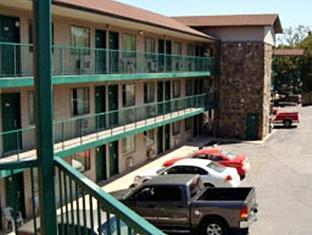 Hall of Fame Motel Branson (MO) - Exterior