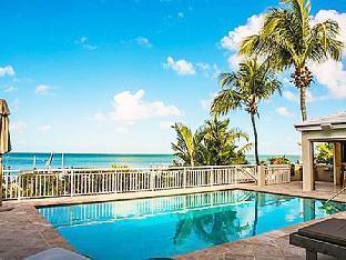 Villa Marina - Luxury 4 Bedroom Waterfront