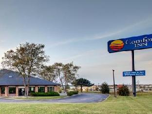 Comfort Inn Hotel in ➦ Waverly (IA) ➦ accepts PayPal