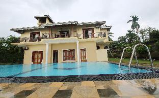 Sano rich Lagoon Villa