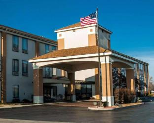 Comfort Inn and Suites Cahokia