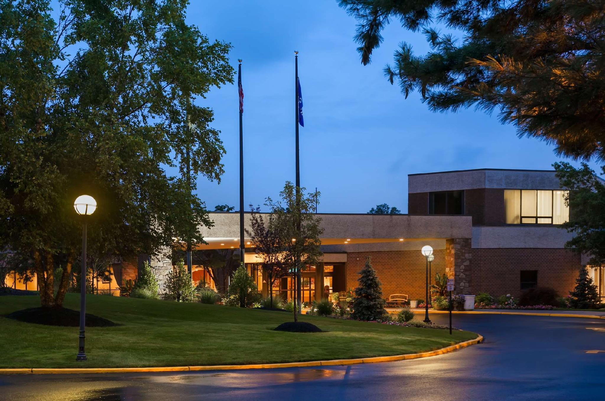 Hilton Woodcliff Lake image