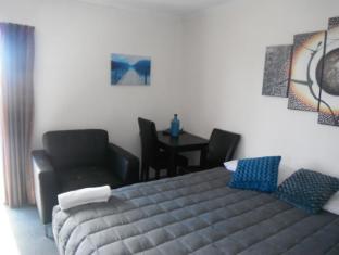 Avalon Court Accommodation Christchurch - Studio