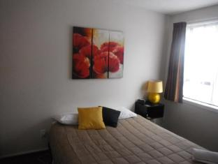 Avalon Court Accommodation Christchurch - Two Bedroom Family Unit