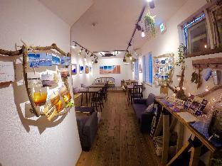 IZA Enoshima Guest House & Bar image