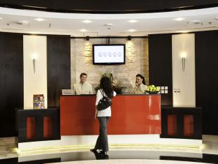 Al Nawras Hotel Apartments Dubai - Reception