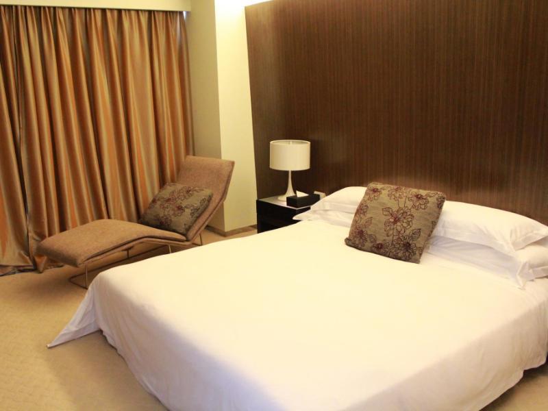 ゾーボン アート ホテル