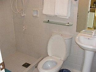 โรงแรมปิแอร์ คัวโตร เซบูซิตี้ - ห้องน้ำ