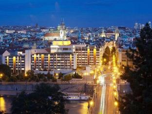 Intercontinentals And Resorts Prague