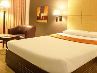 Riviera Mansion Hotel Manila - Deluxe Room - Double Bed
