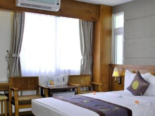バルセロナ ホテル ニャチャン