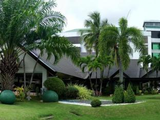 The Ritz Hotel at Garden Oases Davao City - Exterior